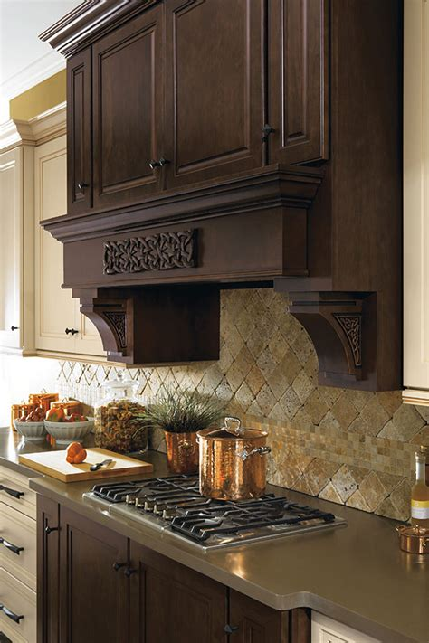 Celtic Small Cabinet Onlay - Omega Cabinetry
