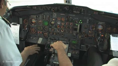 Cockpit video - Boeing 737-200 - takeoff from Merida