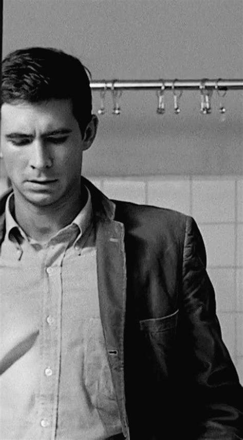 20 Black and White Photos of Anthony Perkins as Norman